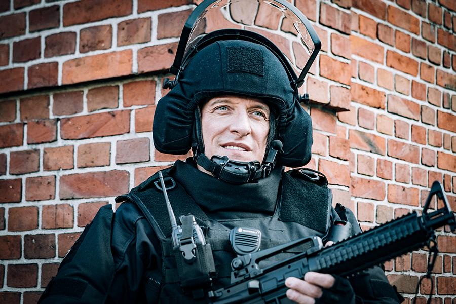 Cameo: Bela B. als Polizist in Sharknado 5
